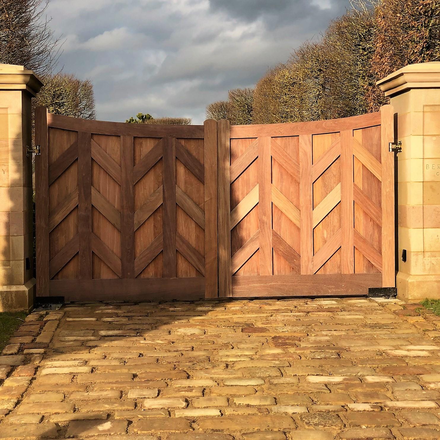 Winter Ipe gate Main